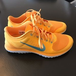 Nike Fitsole 8M Light Orange EUC